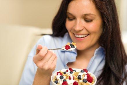 Jediný trik na hubnutí po čtyřicítce. Hlavně nesmíte přestat jíst!