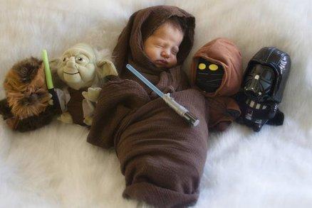 Řekli jí, že už nebude mít dítě. Ale narodil se malý bojovník Jedi!