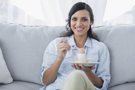 Chcete zhubnout a nemáte chuť snídat? Naučte se to díky těmto trikům