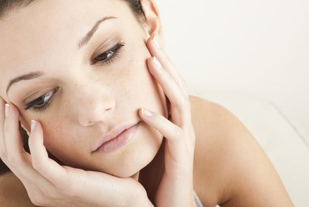 Toužíte po mladistvé pleti? Vyzkoušejte vitaminové sérum Retinol 6TR!