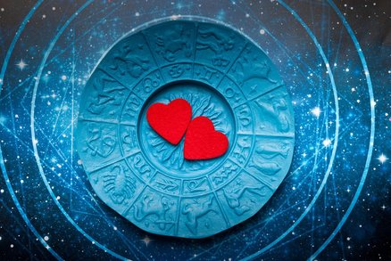 Horoskop lásky a sexu: Kozoroha dostanete stydlivostí, Lva bezmezným obdivem