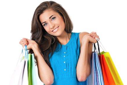 Reportáž z obchodů: Co najdete v nových kolekcích a jaké jsou slevy?