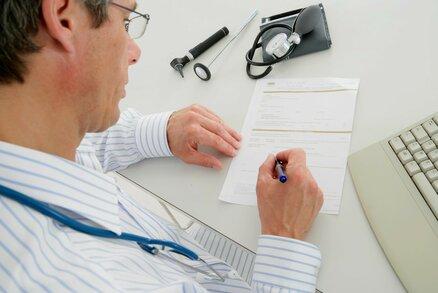 """K """"obvoďákovi"""" na vlastní nebezpečí? Píší rizikovější léky než specialisté"""