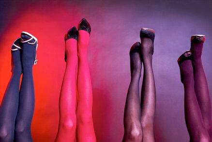 Vše o punčochách a punčocháčích: Jaké nosit na ples či ke krátké sukni?