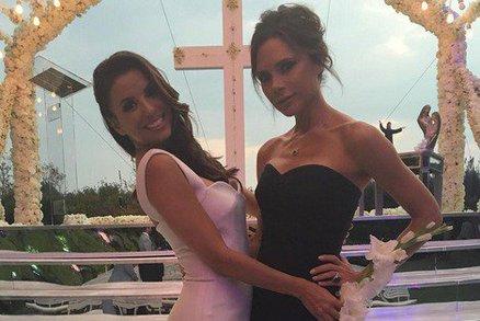 Celebrity na síti: Eva Longoria se vdala a kde relaxovala Lucie Bílá?