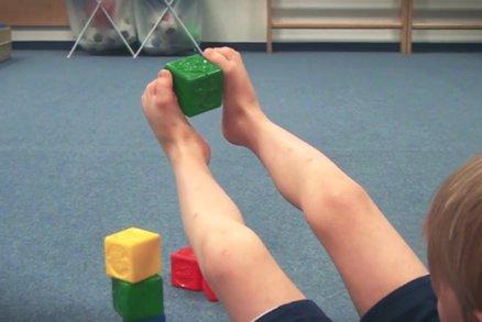 Tohle děti naučte, aby nikdy neměly ploché a bolavé nohy