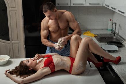 Sexuální orgie? Vyzkoušejte každou místnost vašeho bytu