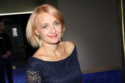 Veronika Žilková slaví 55. narozeniny, ale vypadá pořád stejně: Přesvědčte se ve fotogalerii!