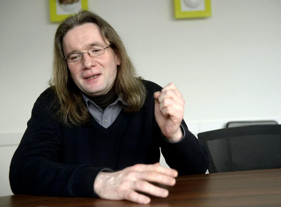 Politolog Josef Mlejnek o termínu voleb