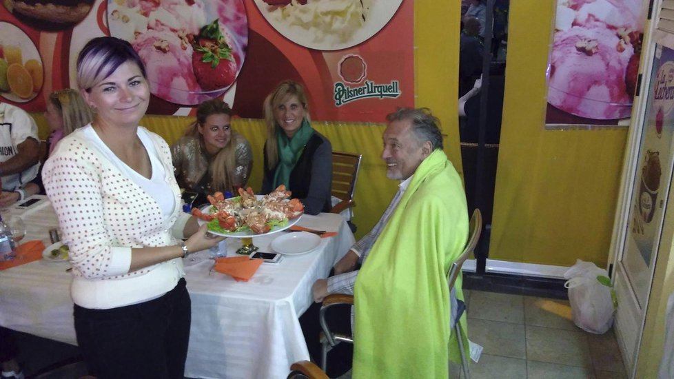 Karel Gott podle všeho oslavil Silvestr na Tenerife
