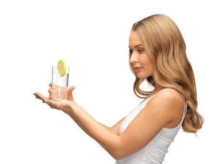 Jeden citron denně vám pomůže překonat zimu bez nemocí, a navíc podporuje detoxikaci střev.