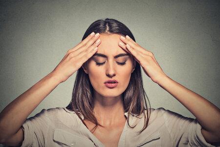 Trpíte při menstruaci? Možná si za to můžete sama, třeba pijete moc kávy.