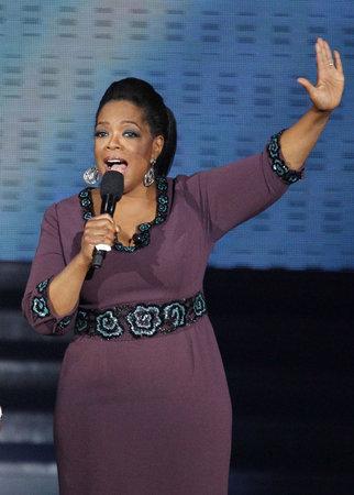 Oprah Winfrey bojovala s nadváhou v přímém přenosu