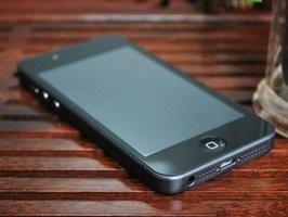 Nemůžete se dočkat iPhone 5? Můžete zkusit GooPhone i5, ale nedoporučujeme