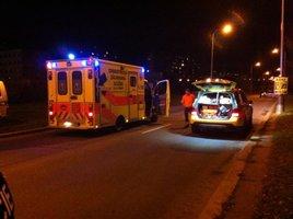 Taxikář boural v Ruské ulici: Nepřipoutaná dívka (17) skončila s rozbitou hlavou v nemocnici