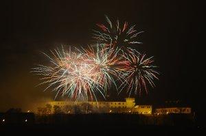 Praha odpálí novoroční ohňostroj. Odkud budete mít nejlepší výhled?