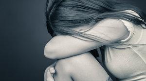 Pedofilní znásilňovač na Trutnovsku lákal dívky na Facebooku: Za 45 obětí si odsedí 8,5 roku