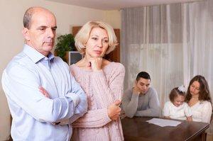 Rodiče jako bankomat. Třetina dospělých dětí se nechá finančně podporovat
