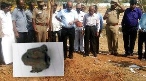 Záhadná smrt ridiče autobusu u školy: Zabil ho meteorit?