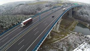 Oprava křížení D5 a Pražského okruhu ztíží provoz. Zavřou dva nájezdy