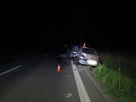 Vystupoval z auta, aby pomohl jiné řidičce: Mladíka smetla na Přerovsku dodávka