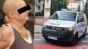 Vražedkyně z Anděla už je za mřížemi. Převezli ji do vazby na Pankráci