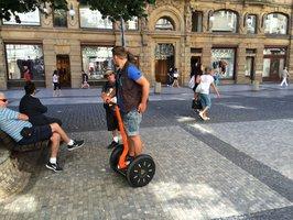 Zákaz segwayů chce už i Praha 10. Obává se přesunu turistů z centra