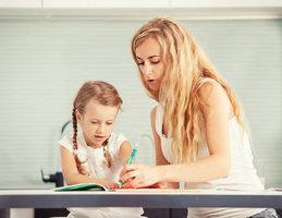 Jak a kdy spolehlivě poznat, že vaše dítě je levák