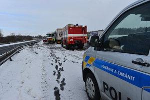 Děsivá nehoda: U Písku se srazily tři vozy, dvě mrtvé ženy