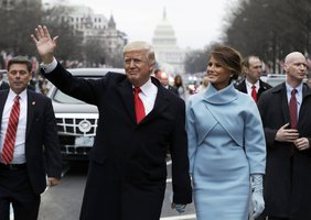 Trump je novým prezidentem USA: Amerika na 1. místě a konec boje s klimatem