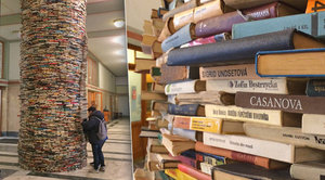 Unikátní sloup z osmi tisíc knih: Čím překvapí, když se podíváte dovnitř?