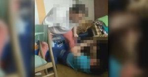Matka z jižních Čech drsně zbila syna (8): Před očima jeho brášky!