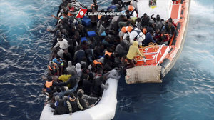 Na moři zachránili 6 tisíc migrantů. Lepší počasí jich přivádí víc i do Řecka