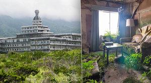 Z luxusního hotelu je ruina: »Havaj Japonska« zahubil nezájem turistů