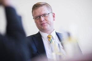 Politici míří na sudetský sjezd: Přijede Bělobrádek i Herman
