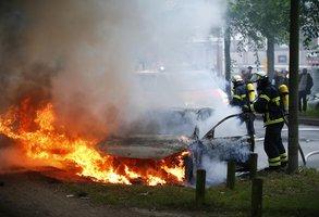 Místo činu: Hamburk. Výtržníci před schůzkou Trump-Putin zranili 159 policistů