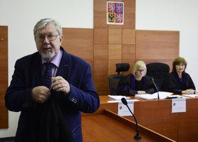 Čtyři procenta na Sněmovnu stačí, chce ústavní expert Gerloch přepsat volby