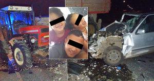 Traktor smetl osobák: Kájinka (7) a Klaudinka (4) jely v autě bez technické a bez světel? Táta prosí Boha o jejich život