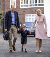 Tvrdá rána pro těhotnou Kate: Malého George vedla do školky jiná žena!