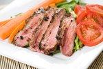Flank steak, další možnost, jak vcelku dietně a rozhodně sytivě povečeřet.