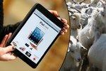 Dobrotivý čínský obchodník: Mobily a tablety prodává za kozy!