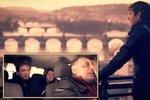 Lživý dokument o Praze: zloději, prostitutky a taxikáři byli najatí herci