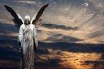 Andělský horoskop: Kdo nad vámi drží ochranná křídla?