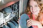 Jak zbavit myčku zápachu? 10 důležitých věcí, které o ní musíte vědět