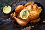 Vyzkoušejte nedělní kuře podle největších kuchařských hvězd