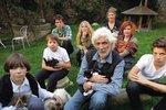 Jedinečná fotografie Petra Hapky se všemi svými sedmi dětmi