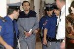 Pustili vraha Winkelbauera! Na svobodě s novým jménem