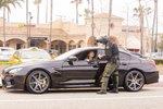 Orlando Bloom v novém BMW M6 Gran Coupé. Dostal hned pokutu