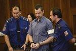 Obžalovaný Petr Kramný u soudu.