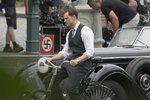 Festival v Karlových Varech: Do Česka se vrátí »Mr. Grey« Jamie Dornan na slavnostní premiéru Anthropoida!